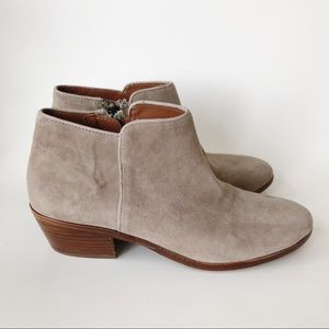 Sam Edelman Tan Putty Suede Petty Ankle Bootie 7.5